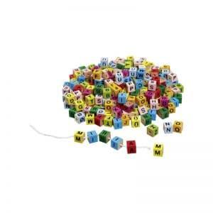 Lettres cubes couleurs