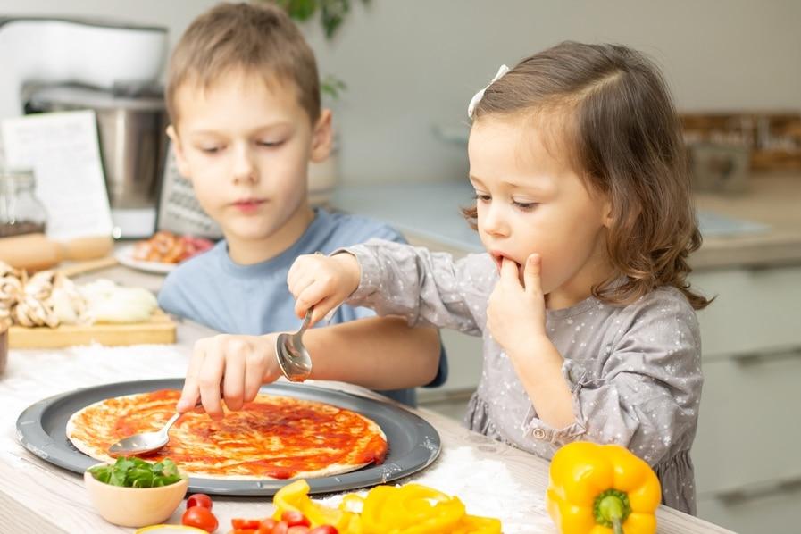 enfant qui cuisinent